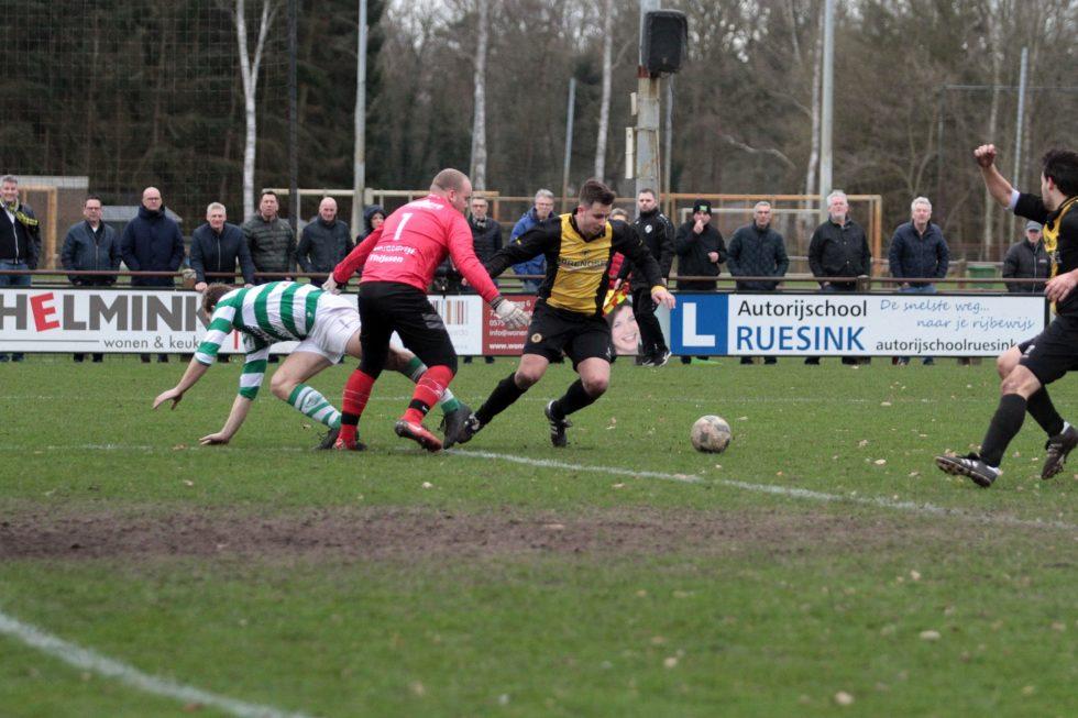 Eendracht '30 1 behoudt ongeslagen status in uitwedstrijden: 1-1 tegen VV Vorden